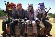 """美军空袭炸死35名索马里""""青年党""""武装分子"""