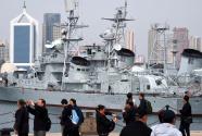 中国海军博物馆迎来旅游热