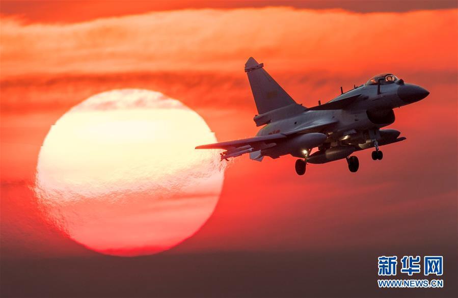 (人民空军70年·图文互动)(1)奋飞空天向打赢——人民空军战斗力建设成就述评