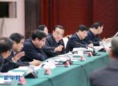 李克强:保持经济平稳运行推动民生改善