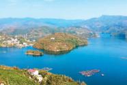 瀛湖岛上游